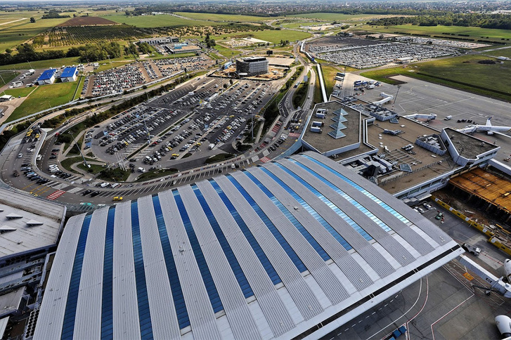 budapest-airport-skycourt-parkolok