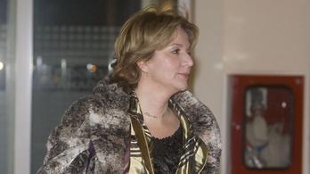 Lefoglalta a rendőrség a Fidesz és Lévai Katalin ajánlásait