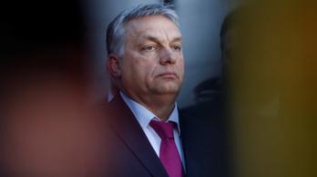 A Balatonon csapolják meg Orbán körei az európai adófizetők pénzét