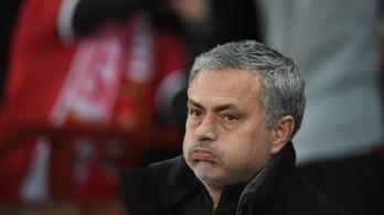 Mourinhónak egyre furcsább dolgok jutnak eszébe a kiesésről