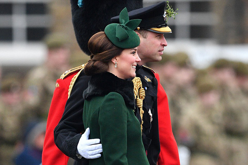 Katalin hercegné zöld kabátban mutatta meg hatalmas pocakját - Dianára emlékezett vele