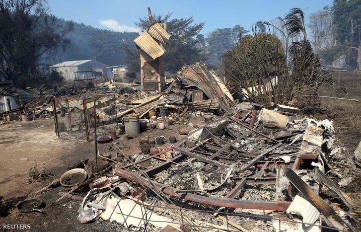 Leégett ház az ausztrál Cobden városában