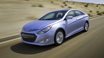 Vizsgálják a Hyundai és a Kia légzsákjait