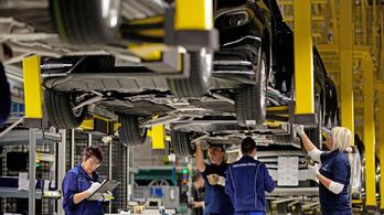 Évi hárommillió Mercedes a Daimler célja