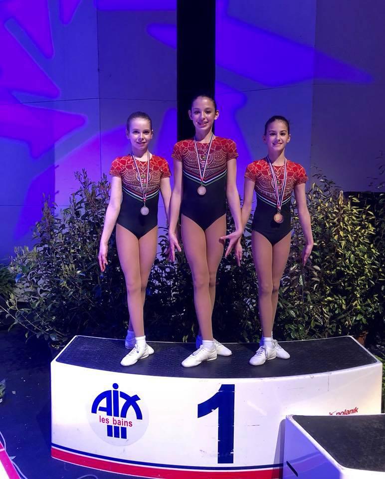 Liptai Claudia kamaszlánya aranyérmes lett a Franciaországban megrendezett hétvégi versenyen.
