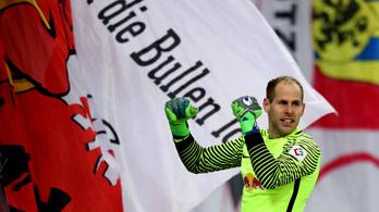 Gulácsi úgyis az első helyen, hogy lehúzták a Bayern-verés után