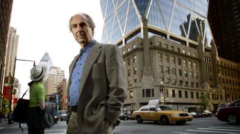 A 85 éves Philip Roth írás helyett történelmet olvas