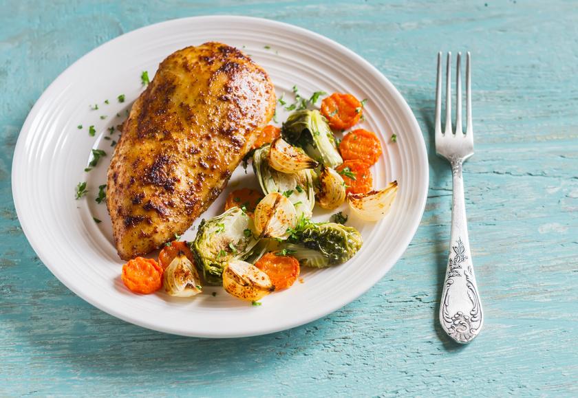 Az epediétában a húsok közül az alacsony zsírtartalmúakat kell választani, kevés olajon vagy sütőzacskóban elkészítve. A zöldségekkel együtt sült csirkemell jó választás, de a hagymát mérsékeld.