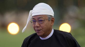 Fáradtságra hivatkozva lemondott a mianmari elnök