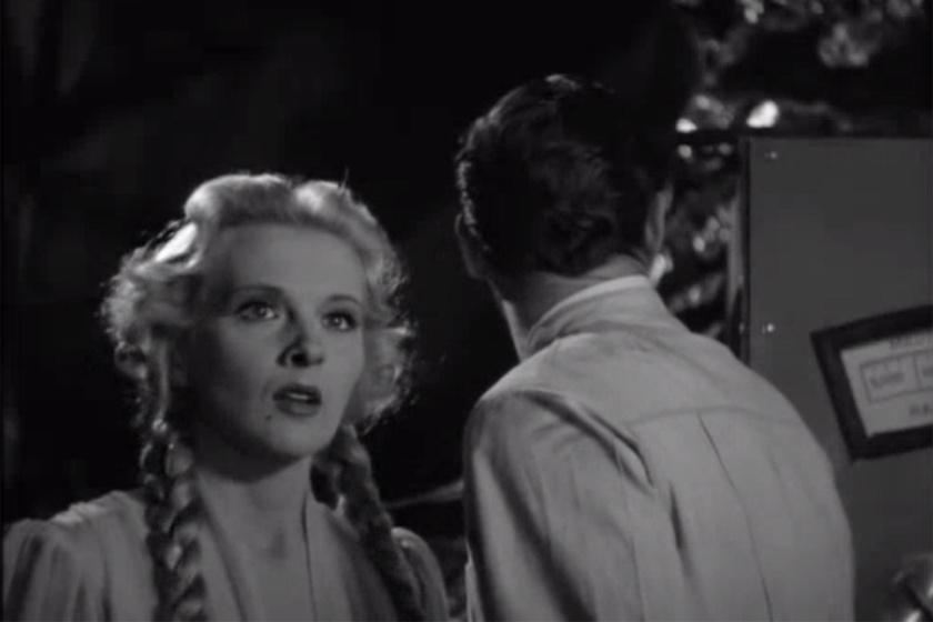 Hajmássy Ilona Ilona Massey néven vált híressé Hollywoodban, csillaga máig ott ragyog a hollywoodi Hírességek sétányán. Játszott Marilyn Monroe-val a Szerelmi boldogság című filmben, de a Frankenstein és a vérfarkas tette igazán híressé.