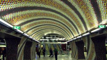 Kiürítették a négyes metró Gellért téri állomását