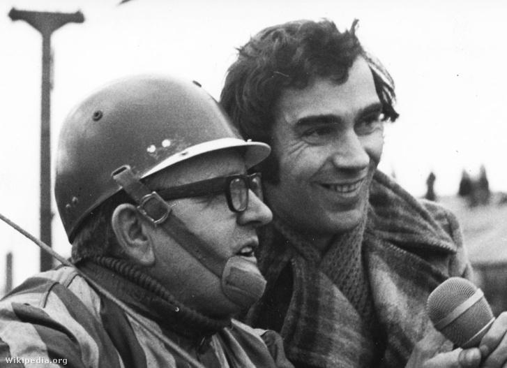 Gyulai István (jobbra) Ferge László idomárhajtóval a Kerepesi úti ügetőpályán 1975-ben
