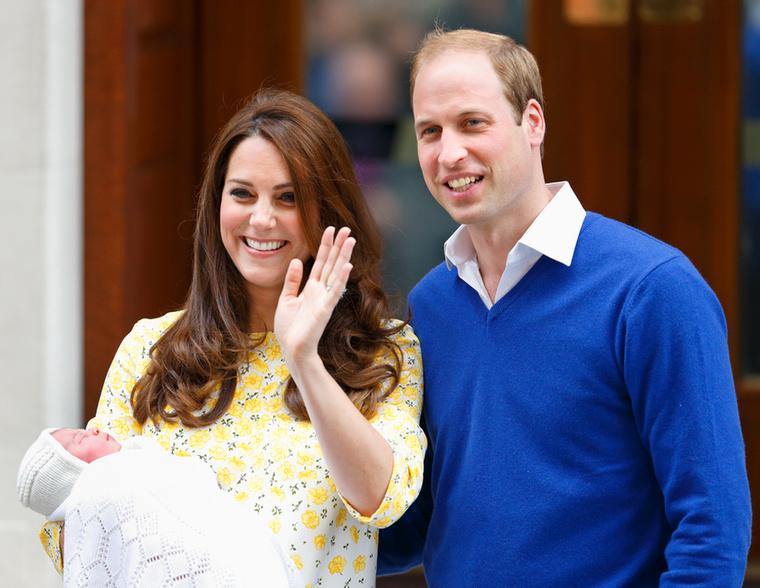 Katalin hercegné és Vilmos herceg harmadik gyereke várhatóan áprilisban fog megszületni, és ahogy a királyi családban szinte semmi, így ez sem lesz egy egyszerű menet
