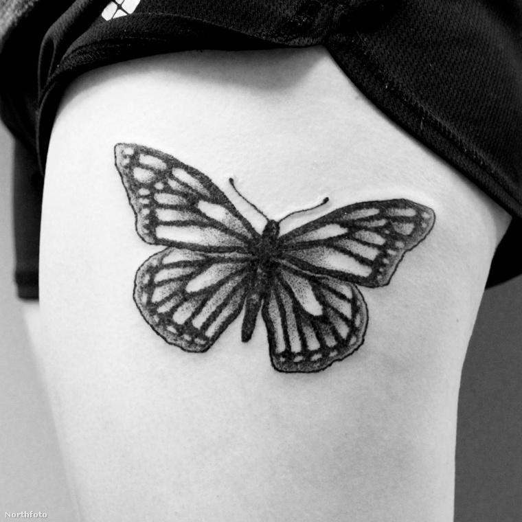 Első ránézésre talán nincs semmi különös ebben a tetoválásban, maximum talán annyi, hogy látszik rajta, hogy mennyire szép és igényes munka