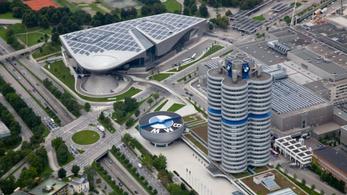 Csalással gyanúsítják a BMW-t