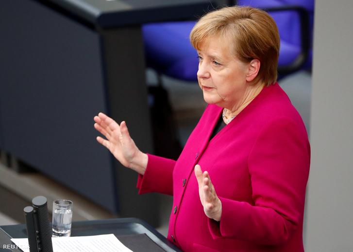 Angela Merkel a Bundestagban