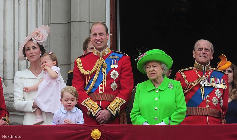A királynőnek kell megtudnia előszörA királyi baba születését mindig a királynővel kell közölni elsőként