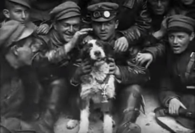 Burzsuj, a Lenin-fiúk kutyája.PNG