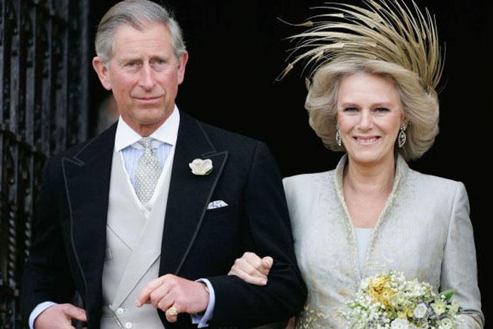 Kamilla végül megkapta Károly herceget.