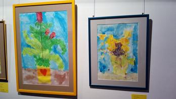 Kiállítás és aukció a Pető Intézet gyerekeinek festményeiből