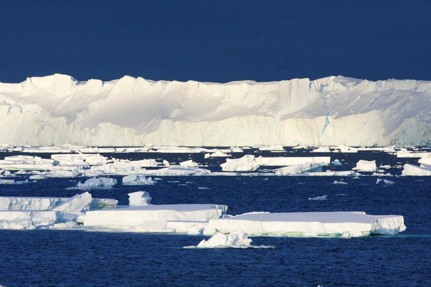 Gyorsabban olvad az Antarktisz egyik legnagyobb gleccsere, mint a tudósok hitték