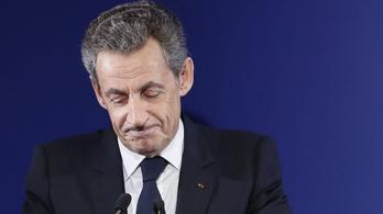 Sarkozy mindent tagad és a rágalom pokláról beszél