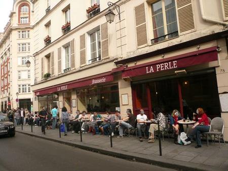 A La Perle kávéház