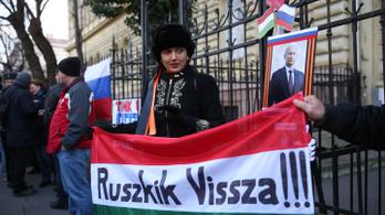 Kiderült, amit eddig is sejtettünk: orosz propaganda fut a kormánysajtóban