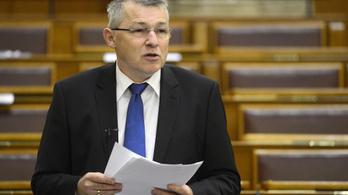 Költségvetési csalás miatt nyomoznak az offshore-gyanúba kevert fideszes ügyében