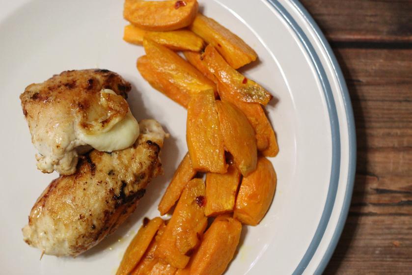 Mozzarellás-bazsalikomos csirke: pillanatok alatt elkészül
