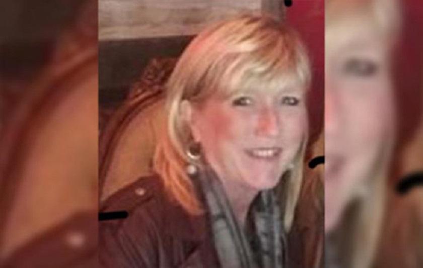 Az 53 éves Lorie Hohneke pajzsmirigy-alulműködésére 12 évvel ezelőtt derült fény, amikor két hónap alatt húsz kilót hízott, intenzív fáradtságérzet és pikkelysömör kíséretében. Eleinte csak diétás tippeket kapott, de a vizsgálatok kimutatták a bajt. A kezelések mellett három év alatt tudta elérni újra a normális súlyát.