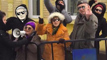 Durvul a kampány: Tibi atya beleszállt Bödőcsékbe