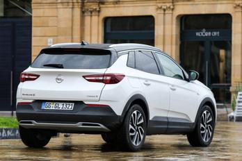Az Opel szerint luxus