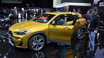A BMW is kivonul a legnagyobb amerikai autószalonról