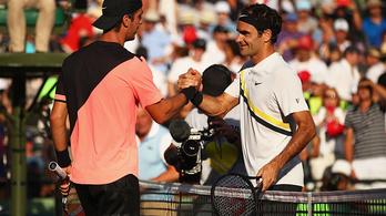 A világranglista 175. helyezettjétől kapott ki Roger Federer