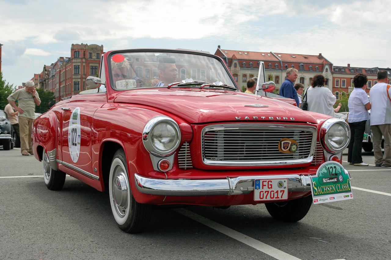 Wartburg HT300-as kabrió - ez itt Kelet-Németország volt, akadt bőven ex-szoci autó