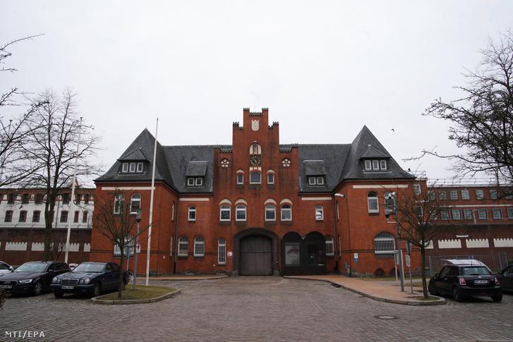 Az észak-németországi Neumünster város börtöne, ahová az őrizetbe vett Carles Puigdemont leváltott katalán elnököt szállították 2018. március 25-én.