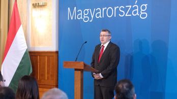 Az offshore-milliárdos Szabó Zsolt hatvani ingatlanpanamájával állt elő a Jobbik