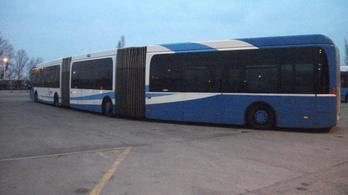 Buszvonatok a BKV-garázsban
