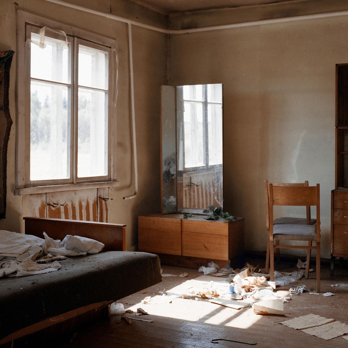 Frissen elhagyott ház az ország közepén, a Kėdainiai járásban.