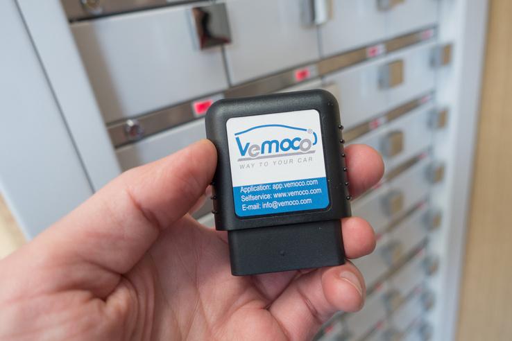 A Wemoco járműfigyelő rendszerének köszönhetően minden bérbe adott autót látnak a központban. Tudják, hogyan használják és azt is, ha gyorshajtanak velük, vagy elhagyják az országot