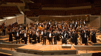 Ünnepelje a Pannon Filharmonikusokkal Eötvös Péter születésnapját!