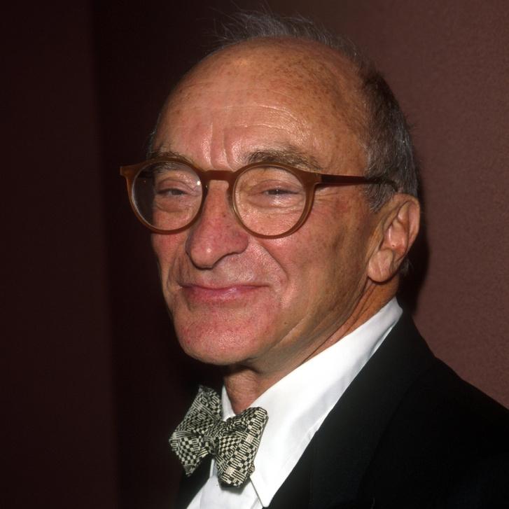 Charles Lazarus 1998-ban