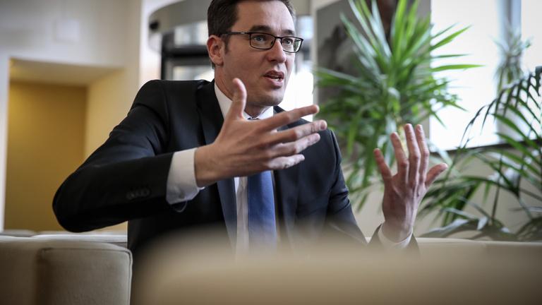 Egy baloldali-Jobbik kormány is jobb, mint ez a rendszer