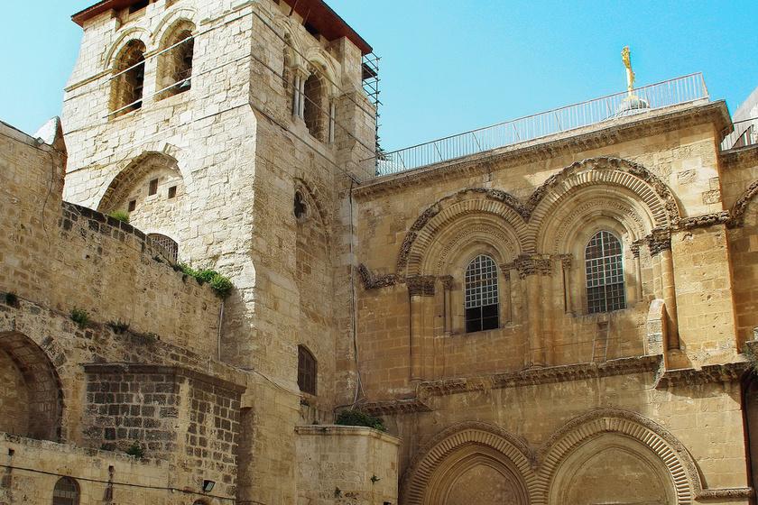 A Szent Sír-templom.