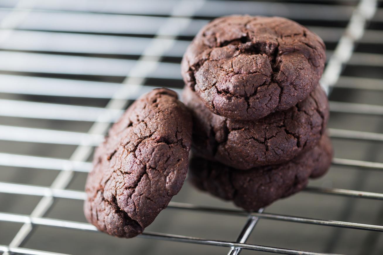 Gluténmentes kakaós keksz: csak úgy kapkodod egyiket a másik után