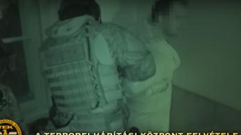 Budapesten fogták el a migránsriasztó Mariót