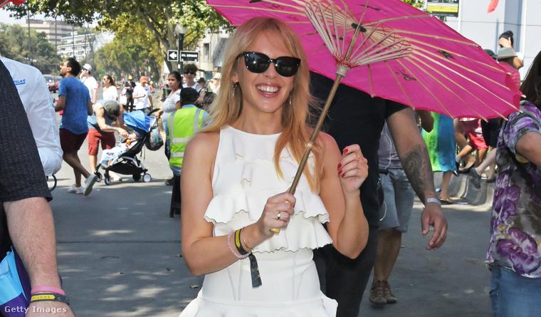 Kylie Minogue Chilében a Formula E versenyen.