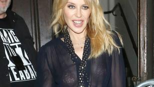 Kylie Minogue melltartóvillantós felsőt is bevetett az aranykampányban