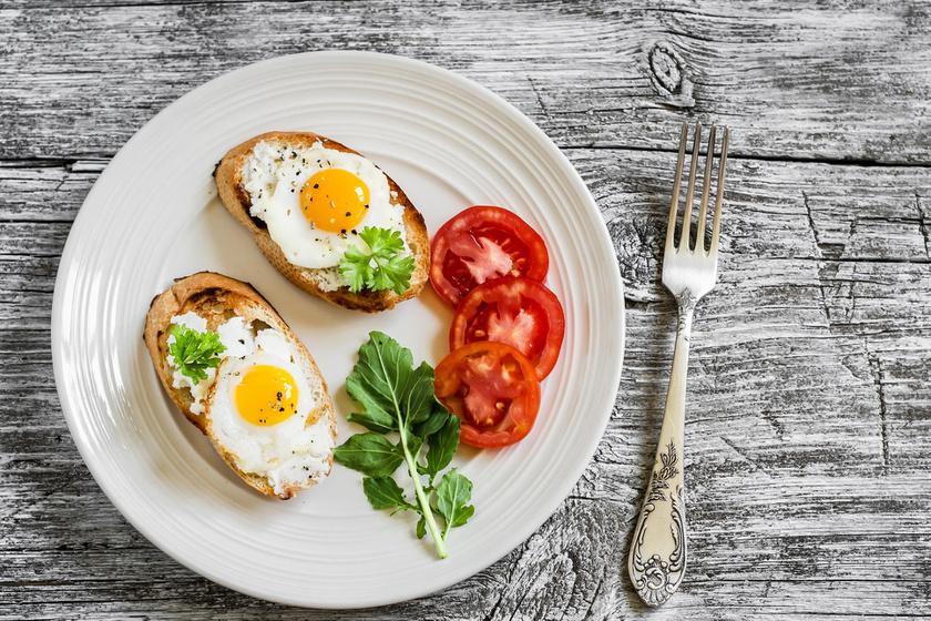A tojás magas fehérjetartalma miatt kiváló választás lehet, hogy felpörgesd vele az anyagcserédet. Emellett D-vitaminban is gazdag, melynek egyre több pozitív hatása ismert.